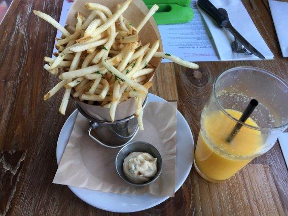 Simmzys Fries